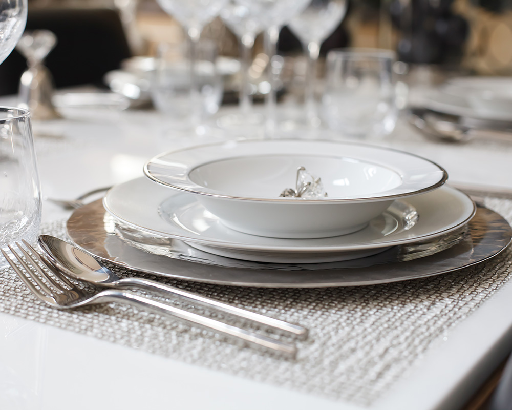 Plates and Cutlery, cutlery set for hotels, Cutlery Set Suppliers in Dubai