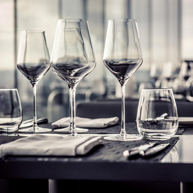 hotel galssware. glassware supplies for hotels,